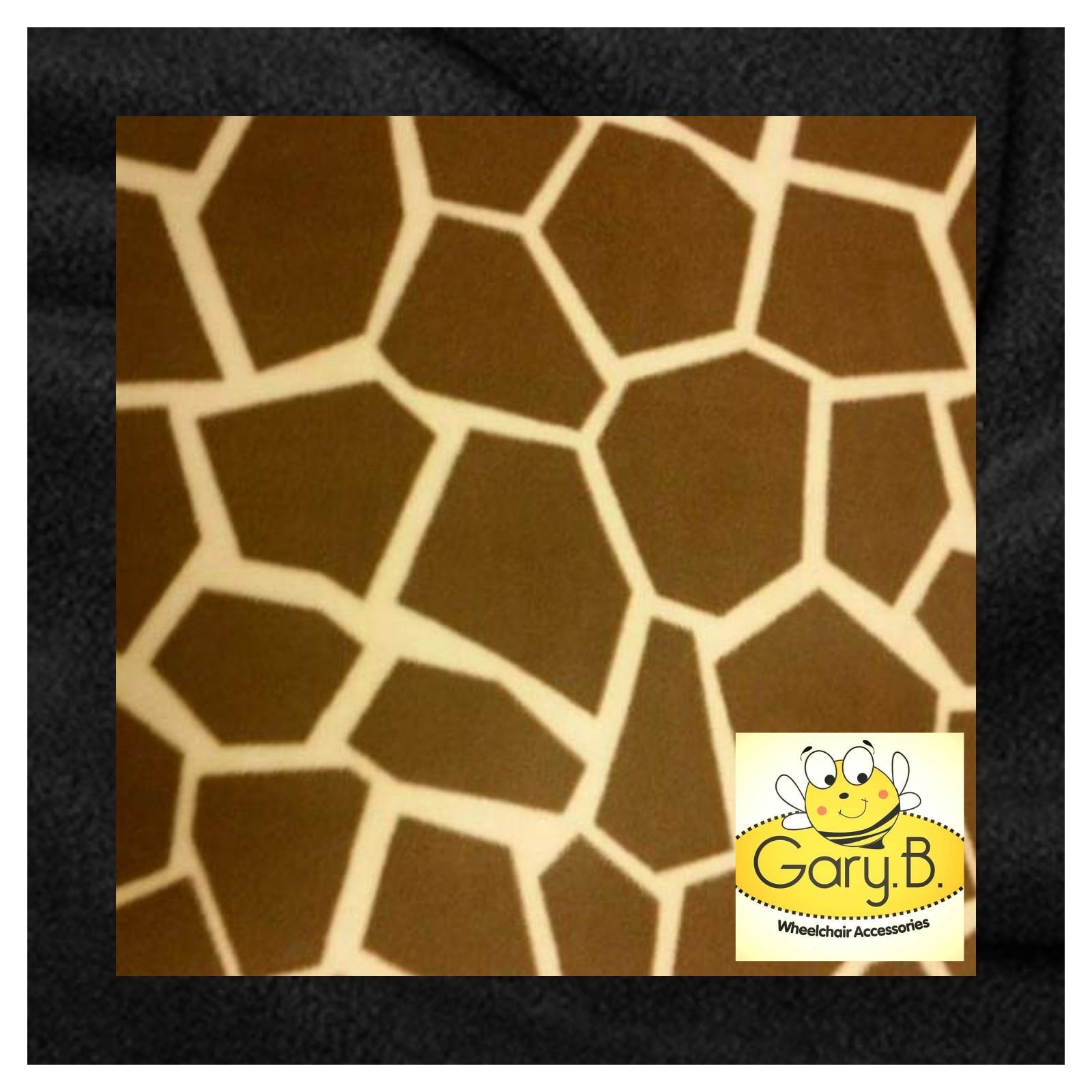 gracie-giraffe-black