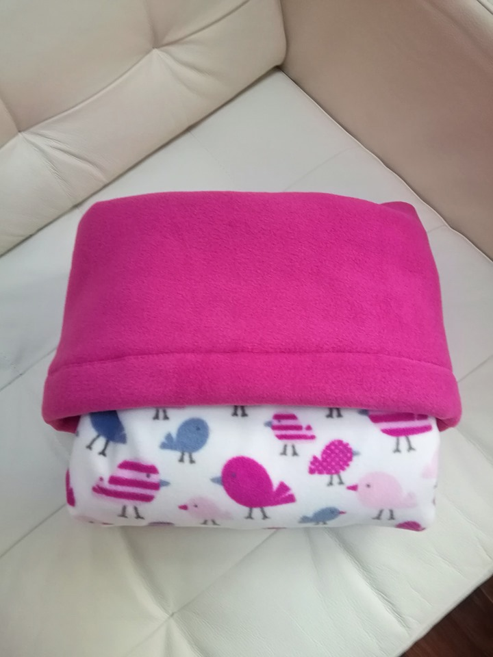GaryB-Complete-Blanket-im-a-little-chick-cerise