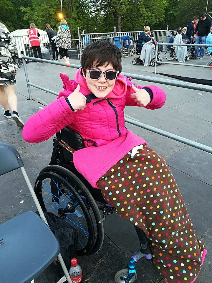 Laura Smith Superstar GaryB